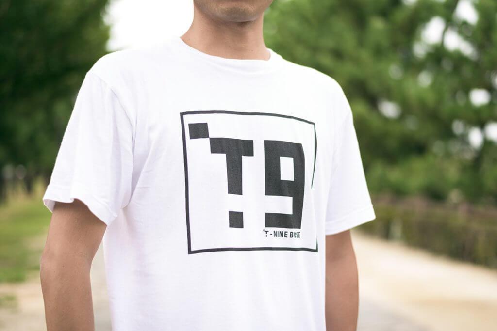 T-NINE BASE デザインど素人がオリジナルデザインロゴを作った