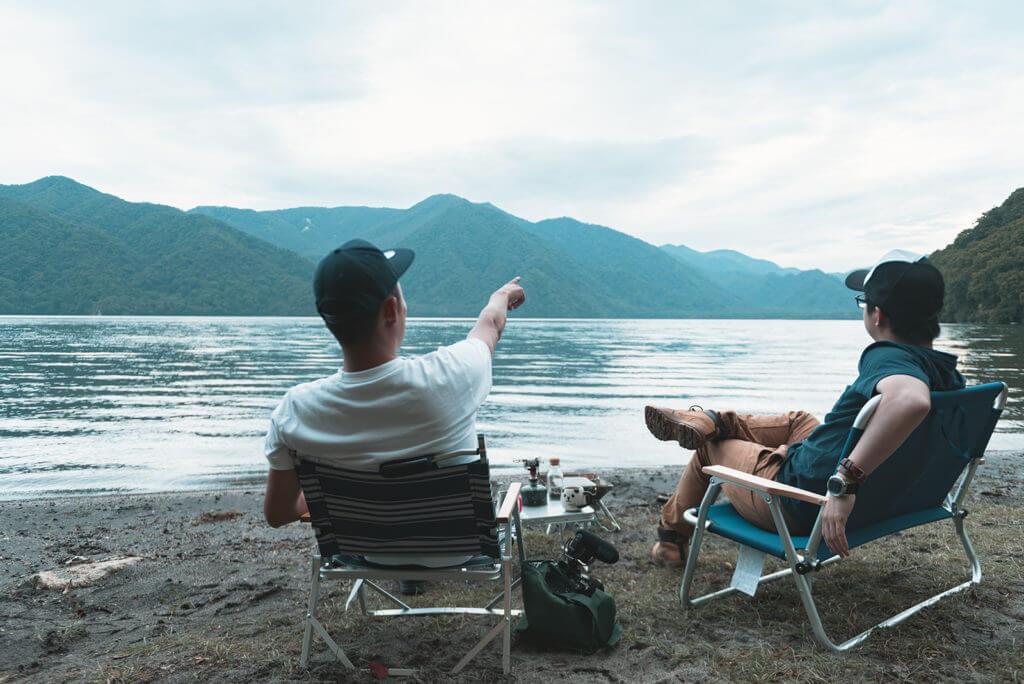 中禅寺湖でキャンプ